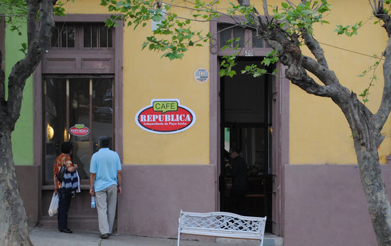 Cafe Republica Independiente de Playa Ancha