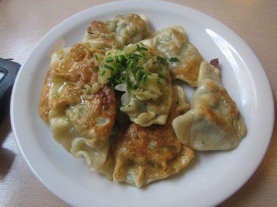 Milkbar Tomasza: Famous spinach dumplings