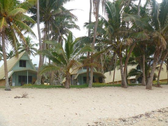 Tubakula Beach Bungalows : From the beach