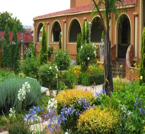 Midrand Conference Centre: One of our gardens