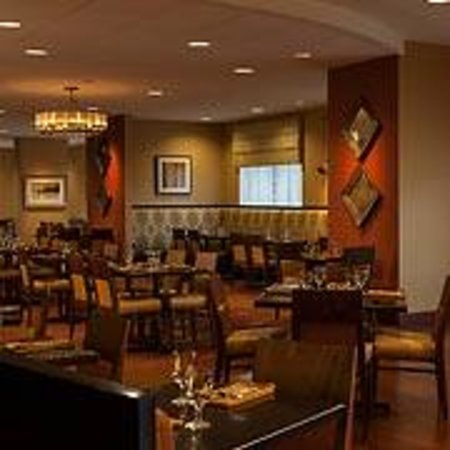 The University Club at Towson: University Club - Dining Room