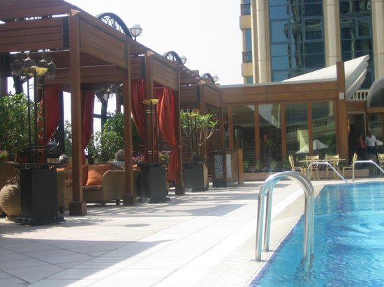 Four Seasons Hotel Cairo at the First Residence : piscina