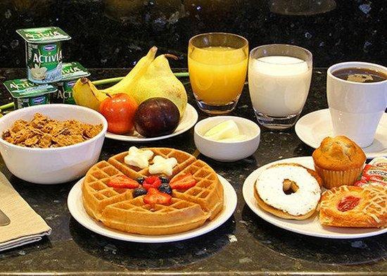 Quality Inn Fairmont : breakfast