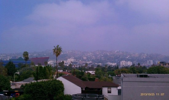 Sofitel Los Angeles at Beverly Hills: View from backside room window