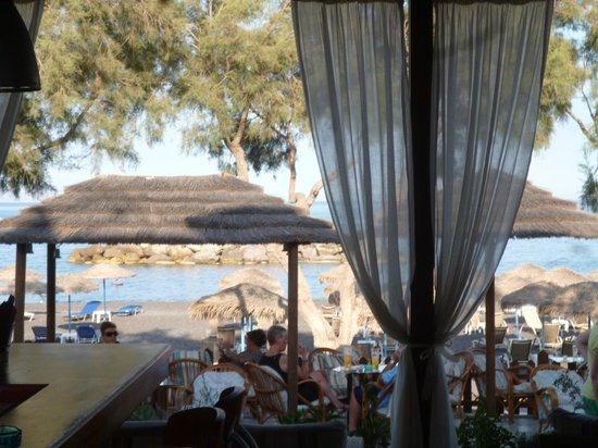 Levante Beach Hotel: View from the Bar/Restuarant of the Beach/Sea