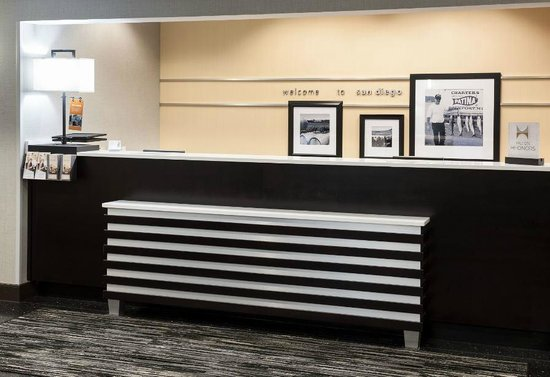 hampton inn san diego downtown updated 2018 hotel. Black Bedroom Furniture Sets. Home Design Ideas