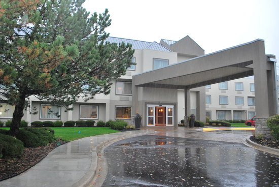Best Western Plus Glenview-Chicagoland Inn & Suites
