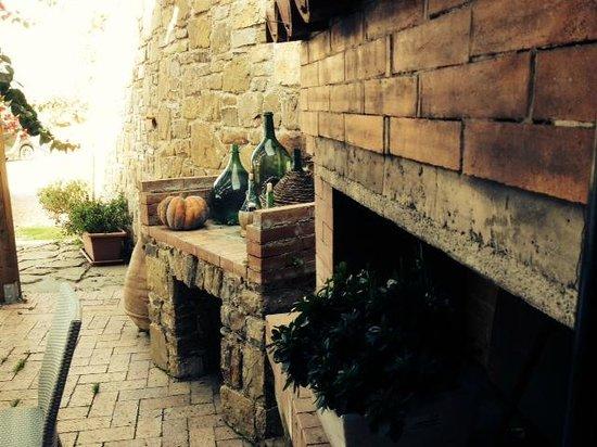 Casale Santa Rosalia: dettagli
