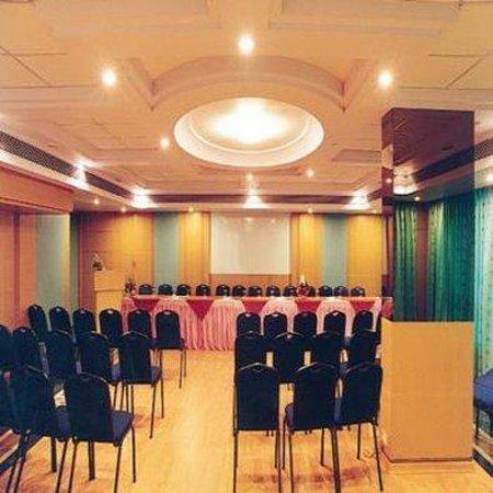 Ambassador Hotel : APMeeting Room