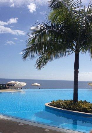 Pestana Casino Park Hotel : Lovely infinity pool