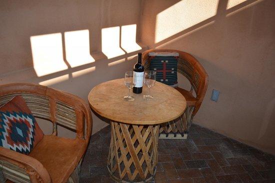Inn at Vanessie: Private sunroom Gallisteo