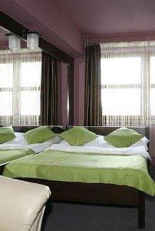 Sunny Hotel: SCHPDbl