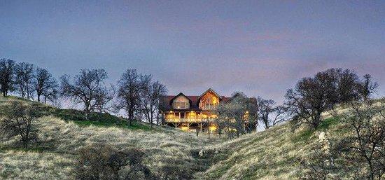 Hughes Mountain Retreat