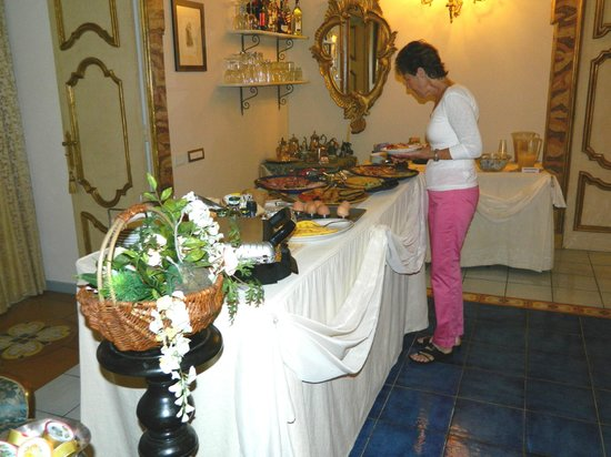 Floridiana Hotel: breakfast buffet