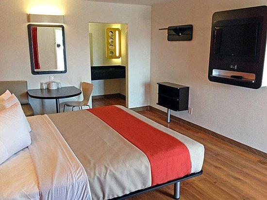Motel 6 Texarkana : MSingle
