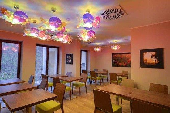 Hotel Voyage: Restaurant