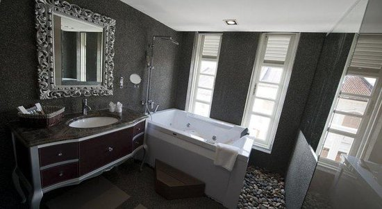 The Sterling Boutique Hotel Melaka : Spa Bath The Churchill