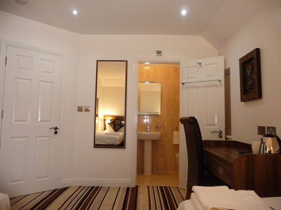 Langley Guest House: Executive Room