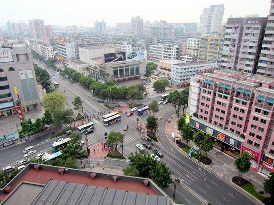 Marco Polo Lingnan Tiandi Foshan: From the window. Busy intersection. Small balcony.