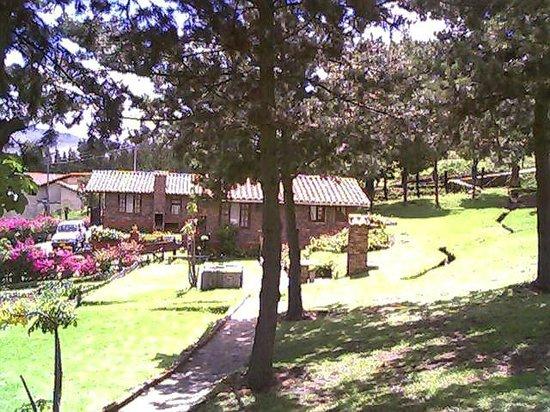 Granja El Milagro - Cabanas Campestres: Cabañas