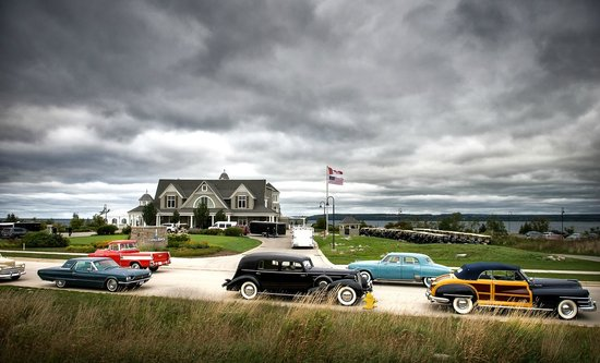 Inn at Cobble Beach Resort and Spa: Concours Participants' Tour