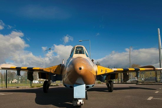Shannon, Ireland: De Havilland Venom