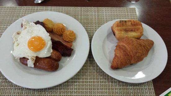 Hotel Ibersol Son Caliu Mar: Breakfast