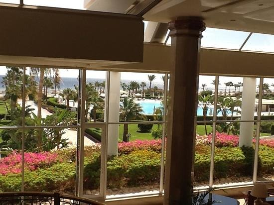 Baron Resort Sharm El Sheikh : back view of hotel from lobby bar