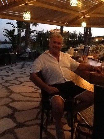 Baron Resort Sharm El Sheikh : the lovely beachbar at dusk