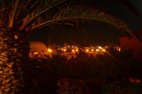 Oasis Papagayo Sport & Family : outside hotel
