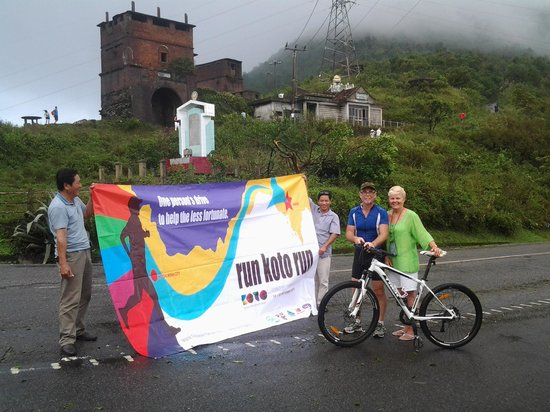 Wide Eyed Tours - Day Tours: after running up hoa van pass