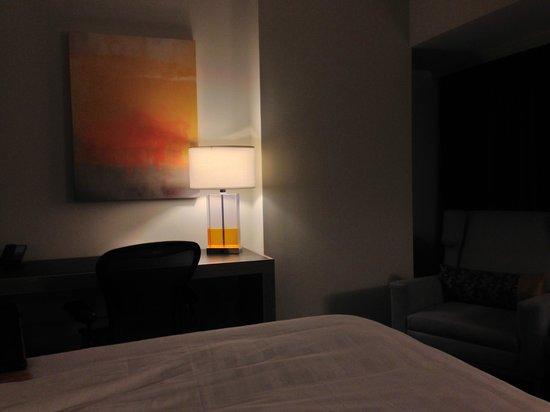 Hyatt Atlanta Midtown: Room Desk