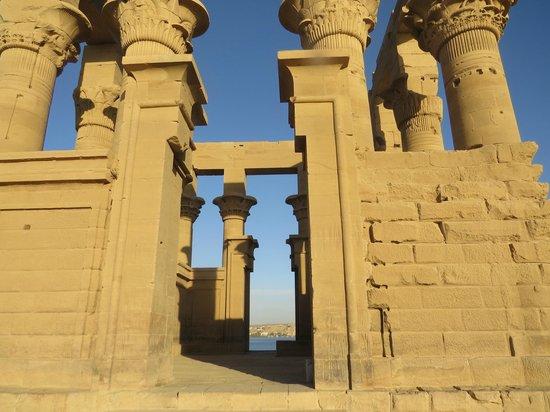 Philae Island : Temple structure
