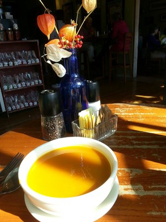 Pickle Jar Kitchen : Fabulous & loverly squash soup! Perfection on a cool fall day!!