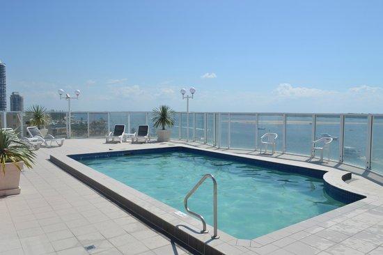 The Atrium Resort: Roof Top Pool