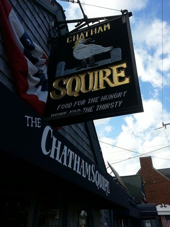 Chatham Squire Restaurant: Nothing typical about this typical Chatham Squire Inn! Yummy & picturesque. New England @its bes