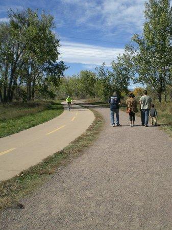 Arapahoe Greenway Trail
