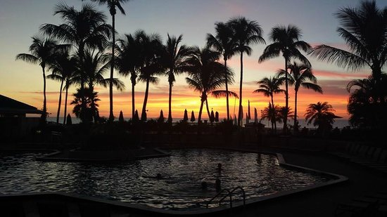 Hilton Marco Island Beach Resort--CLOSED FOR RENOVATIONS; REOPENING DEC. 1, 2017: just the perfect sunset