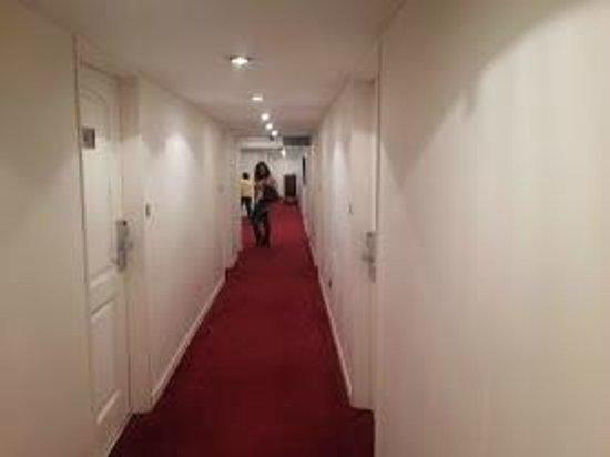 Hotel Presidente: pasillo del 3 piso