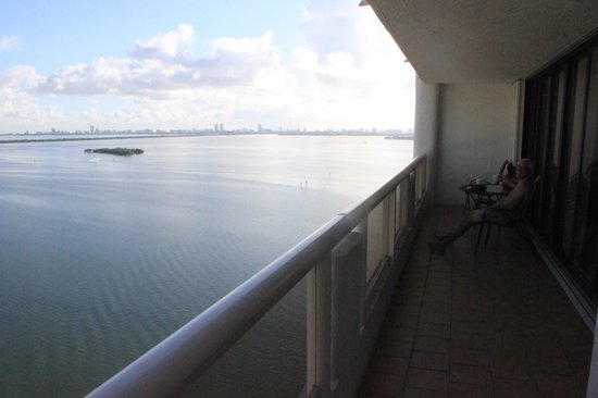 Doubletree by Hilton Grand Hotel Biscayne Bay: The balcony and the biscayne bay view.