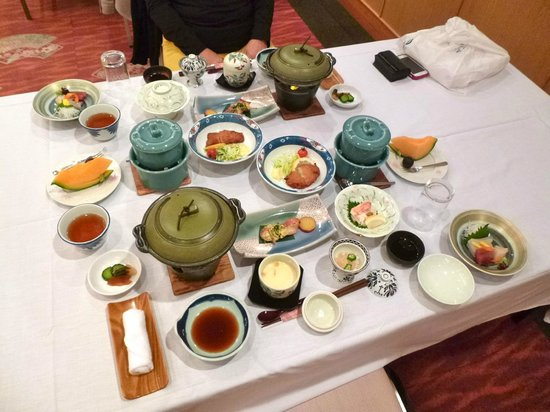 Hanabishi Hotel: The dinner prepared for me and my wife.