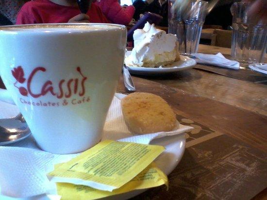 Cassis: cafe