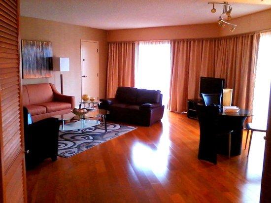 Avenue Of The Arts Costa Mesa, A Tribute Portfolio Hotel: Executive Suite  612 Living Part 79