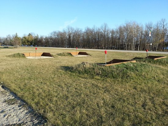 Wilderness Edge - Retreat & Conference Centre: Two horseshoe pits