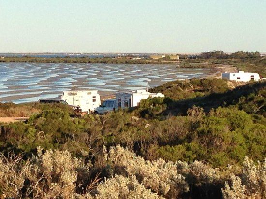 Ceduna, Australien: Powered hill sites with a million dollar view