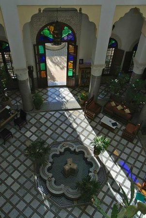 Ryad Mabrouka: The courtyard converted into a Living Room