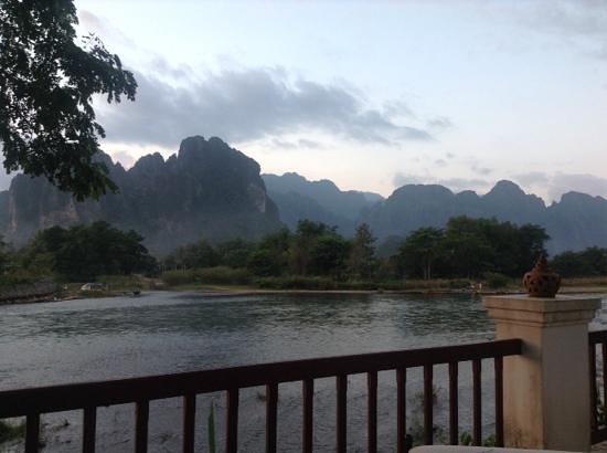 Riverside Boutique Resort: view from the hotel garden near the restaurant
