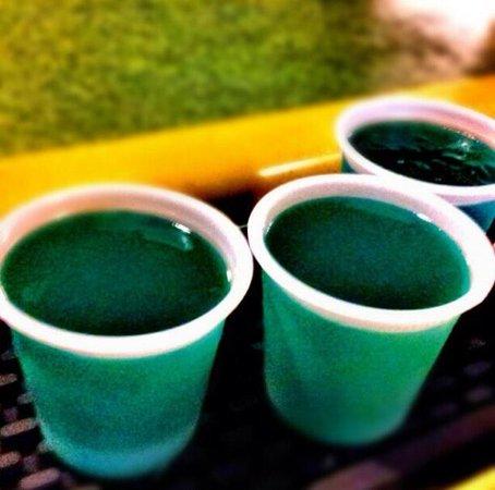 Beach Bohio Bar & Grill: Blue Jello Shots