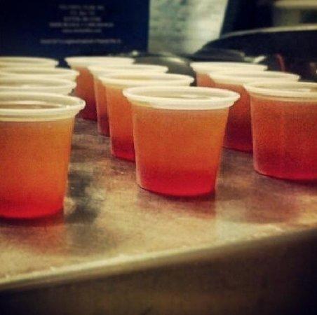Beach Bohio Bar & Grill: Tequila Sunrise Jello Shots