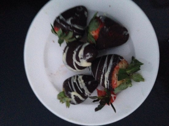 The Gondola Company: Chocolate covered strawberries